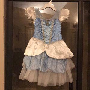Disney store size 7/8 dress